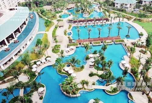 酒店-游泳池鸟瞰