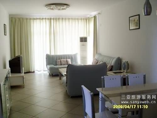 蓝海豪苑海景公寓-海景套房d-b-3d号套房/位于3楼-客厅